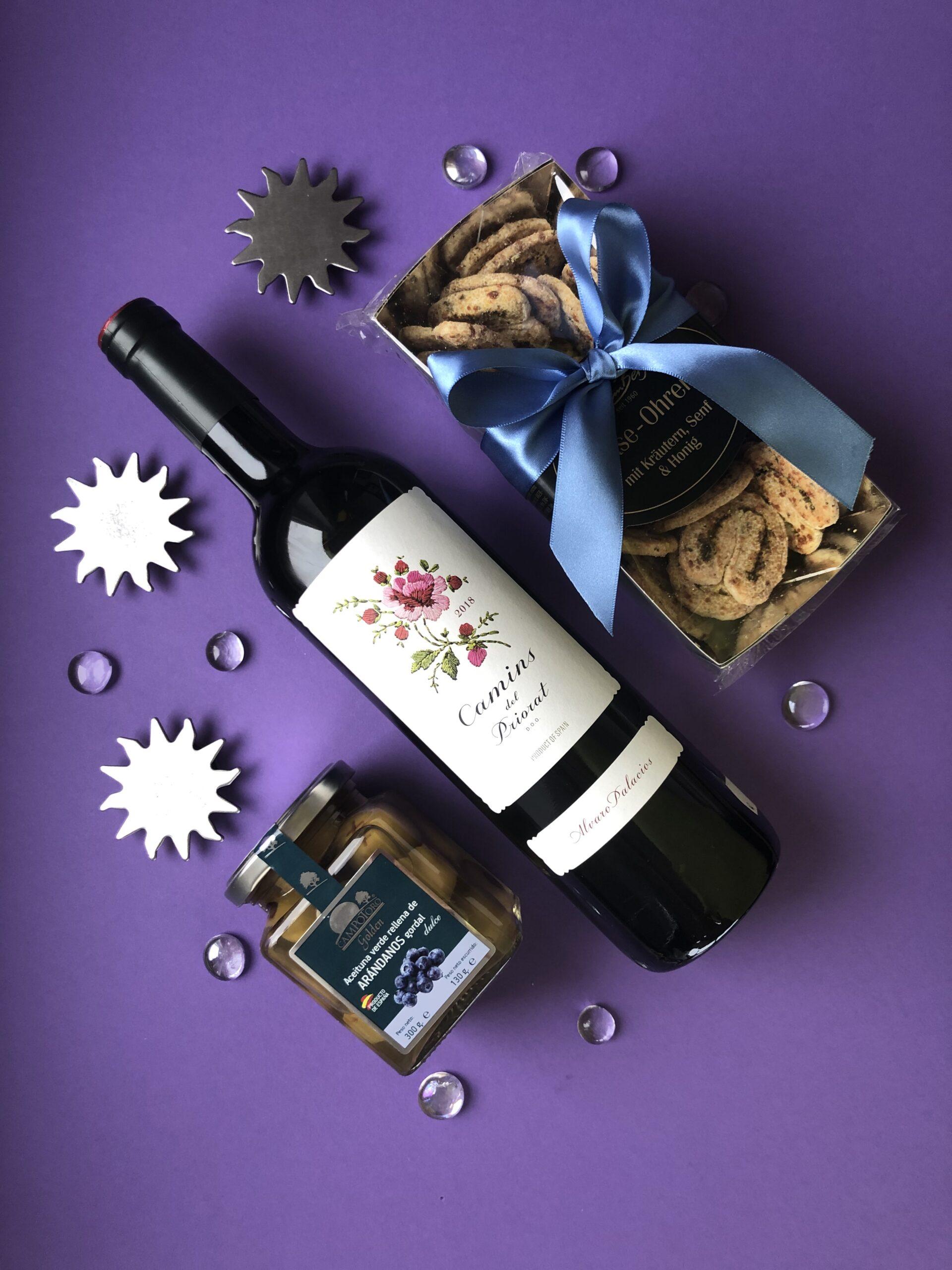 Geschenkpaket Rotwein Priorat, Oliven, Käseohren
